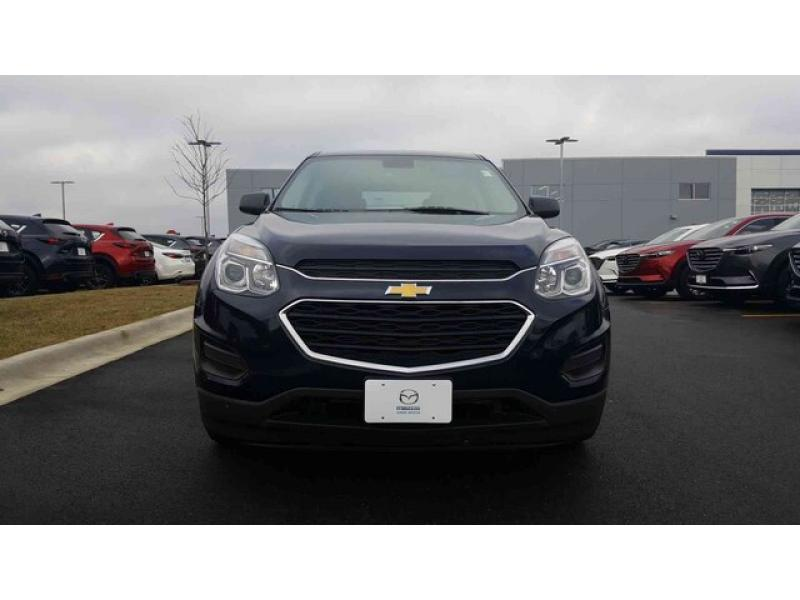 Pre-Owned 2017 Chevrolet Equinox LS FWD Sport Utility